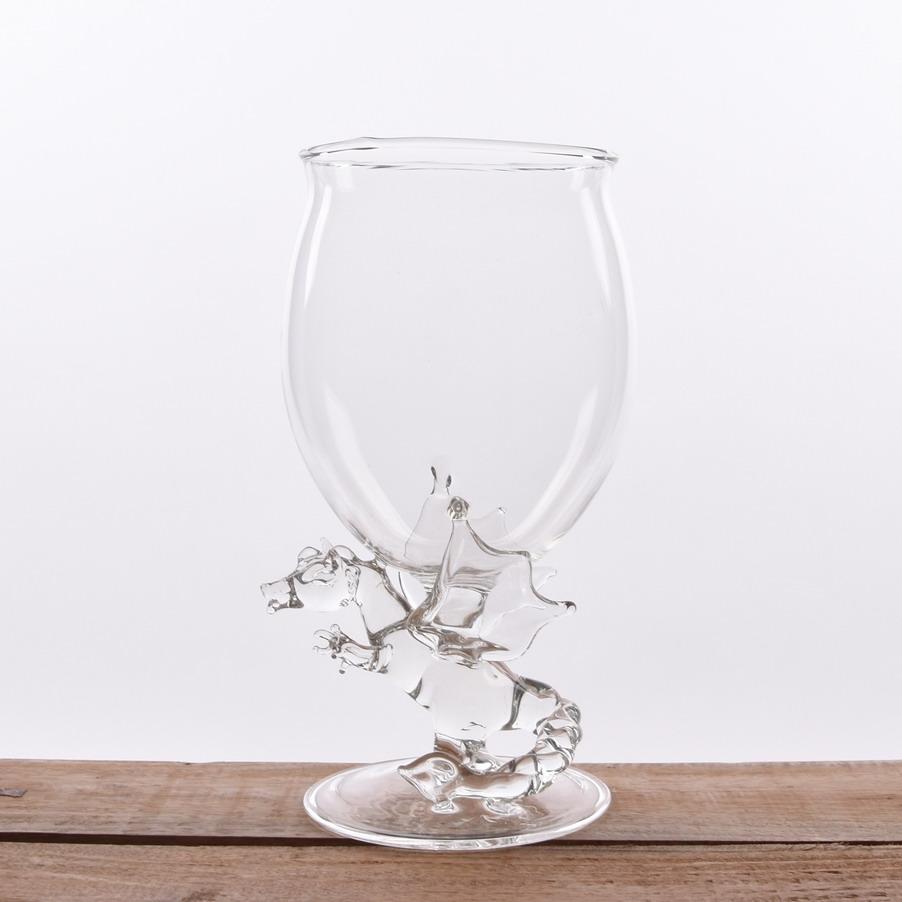 wijnglas-met-draak